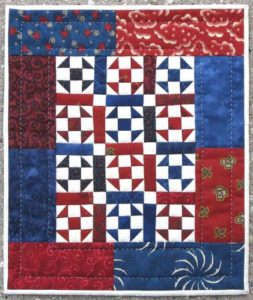 thangles mini trio quilt 2